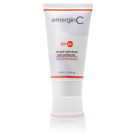 emerginC Broad Spectrum Sun Protector SPF30+ Normaal